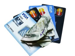 credit-card-1080074_640